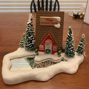 Department 56 Holiday - Warming House